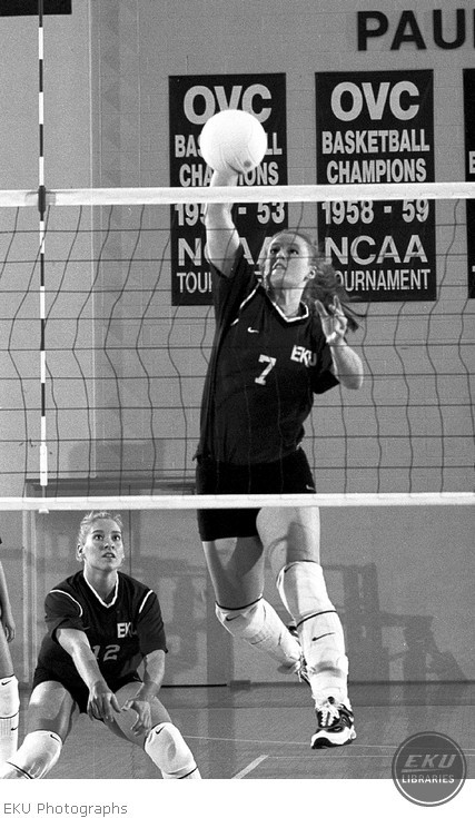 2001-08-21-volleyball_action-13.jpg
