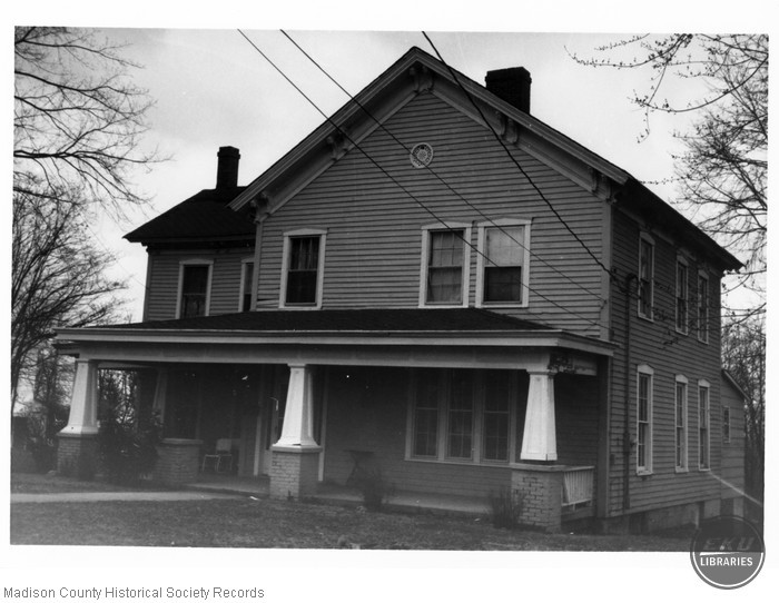 House at 600 Chestnut Street, Berea