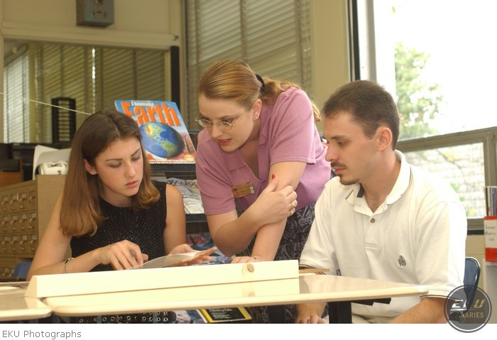 2001-09-20-model_classroom-b017.jpg