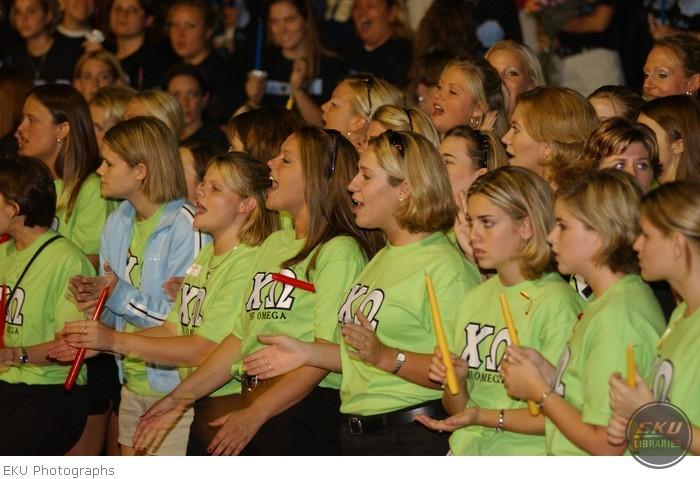 2001-08-19-sorority_rush-015.jpg