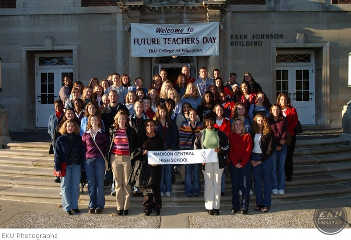 2001-10-18-future_teacher-002.jpg