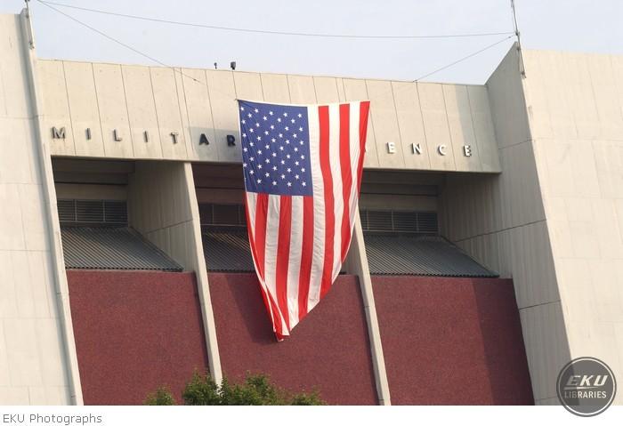 2001-09-18-flag_begley-001.jpg