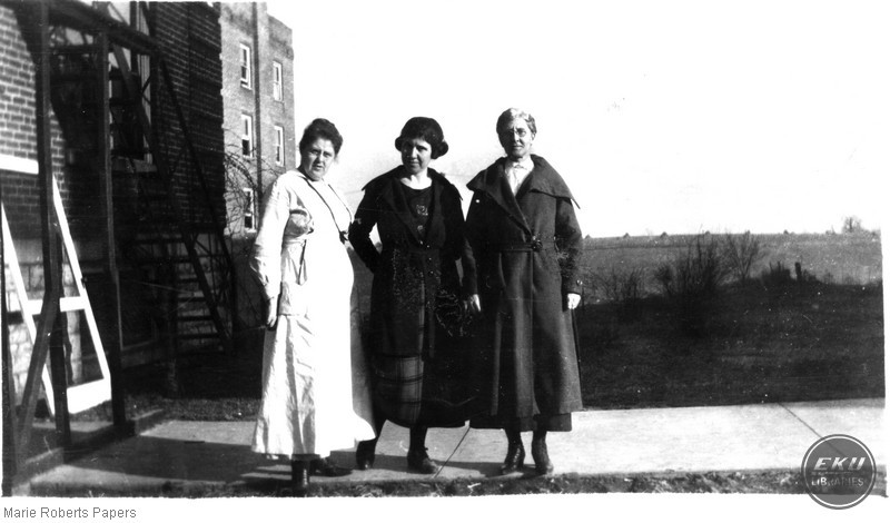 Marie L. Roberts, Eunice Wingo, and an unidentified woman on EKU's campus