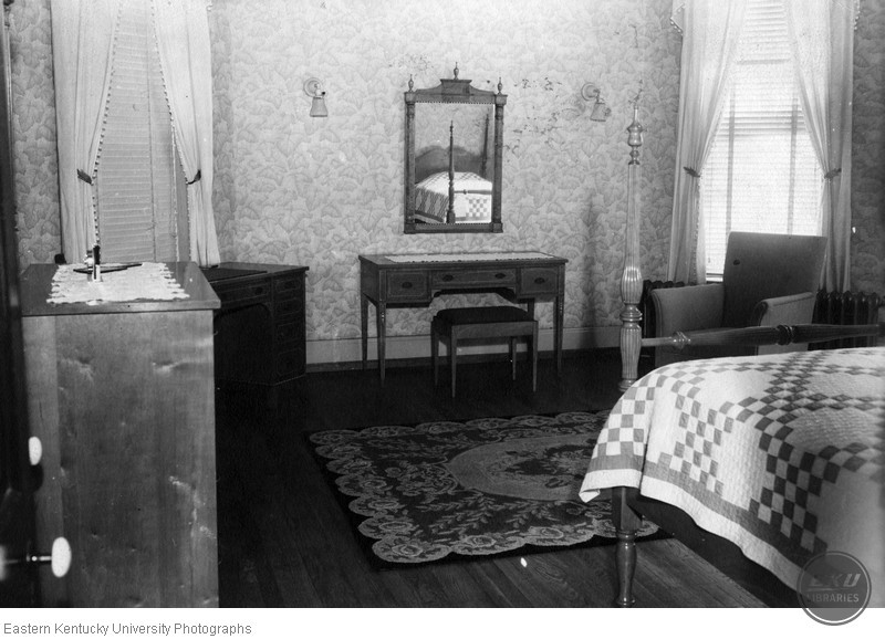 Guest room in Blanton House