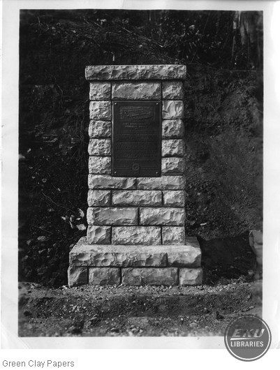 Fort Boonesborough Memorial Bridge Monument