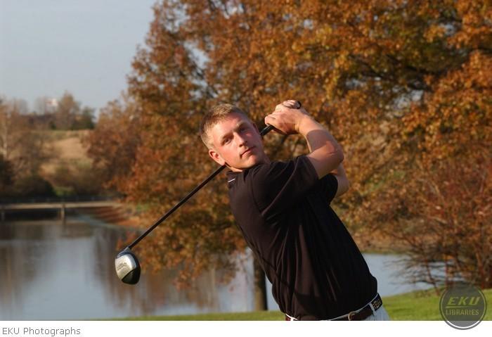 2001-10-30-golf_mediaguide-a001.jpg