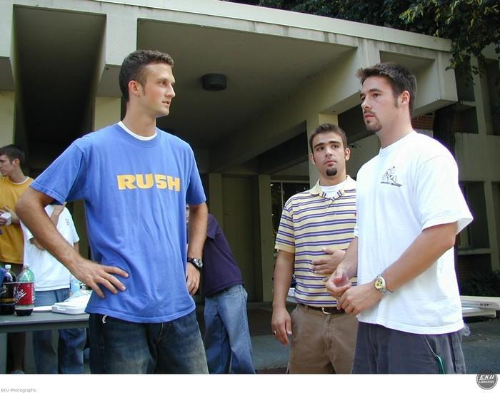 2002-fraternity_rush-003.jpg