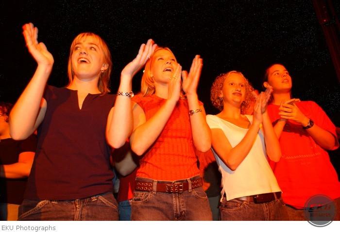 2001-10-16-blessed_union_concert-001.jpg