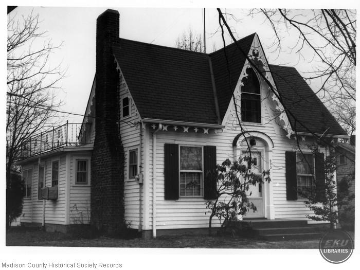 Chestnut Street House 633