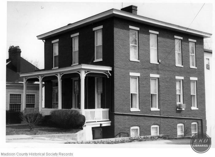 House 219 Lancaster Avenue